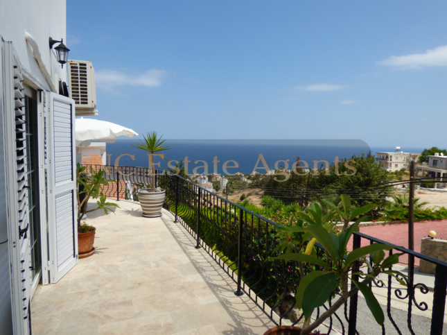 Modern 3 Bedroom Detached Villa With Private Swimming Pool